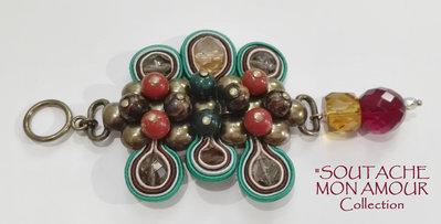 """Ciondolo con centrale in metallo e perline a rilievo - Collezione """"Soutache Mon Amour"""""""