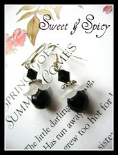 THE FLOWERS COLLECTION-BLACK CRYSTAL EARRINGS-ORECCHINI VITTORIANI/ VINTAGE CRISTALLO NERO E LUCITE