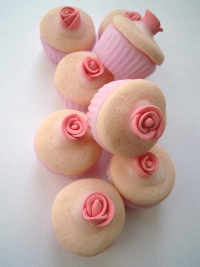 CUPCAKE in fimo rosa