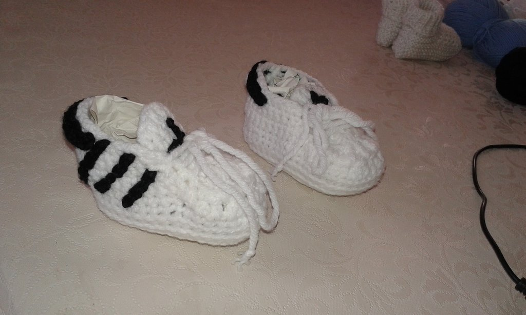 Scarpette lana modello adidas, unisex