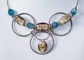 Collana in argento tibetano, pietre sfaccettate e murrine