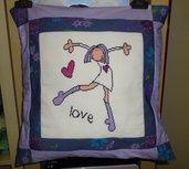 Cuscino Love - Ricamato a punto croce - (Imbottitura esclusa)