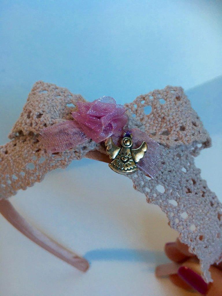 Cerchietto per capelli da bimba con rosa di organza fatta a mano