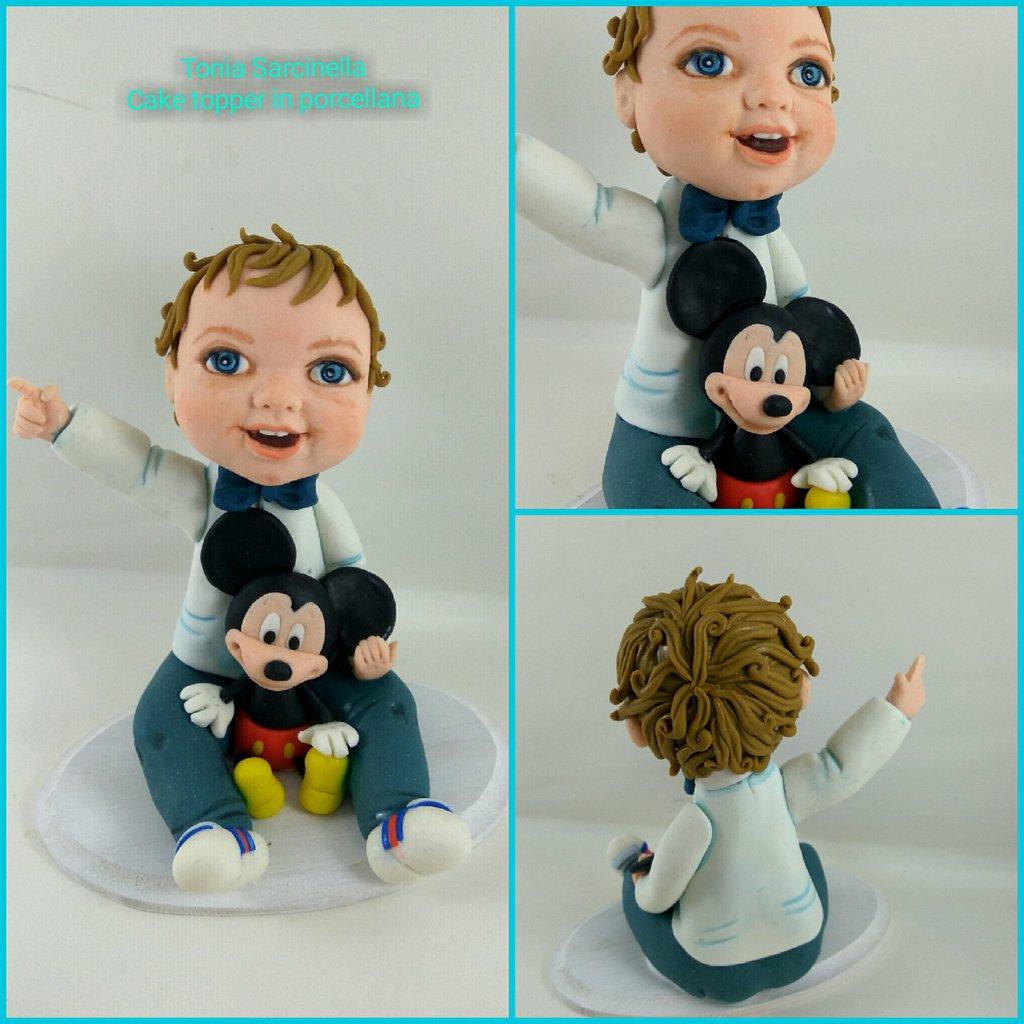 Caricatura cake topper bimbo con topolino