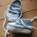 Scarpine/sneakers neonato/bambino cotone jeans chiaro fatte a mano all'uncinetto