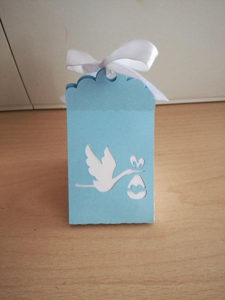 Scatolina bomboniera porta confetti nascita battesimo bimbo bimba cicogna