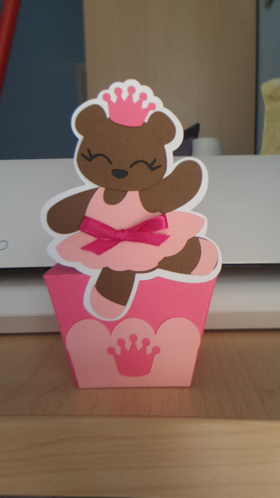 Scatolina bomboniera porta confetti nascita battesimo comunione orso ballerina
