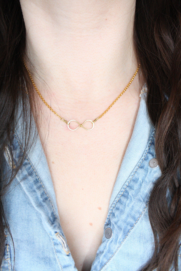 Collana in oro Infinity
