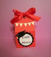 Scatola scatolina bomboniera bomboniere porta confetti laurea tocco dottore nome