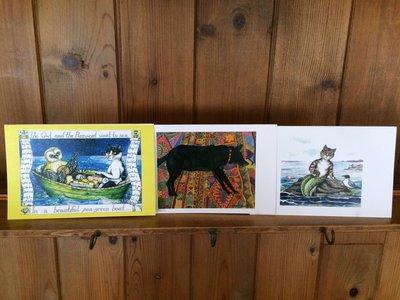 3 diversi bigliettini rappresentando animali in stile illustrativo