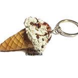 Portachiavi gelato alla stracciatella in pasta polimerica fimo