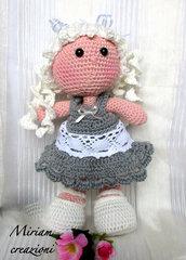 Bambola Amigurmi con treccine