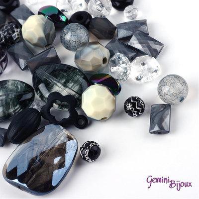 Lotto 50 grammi perle acrilico mix di forme, nero