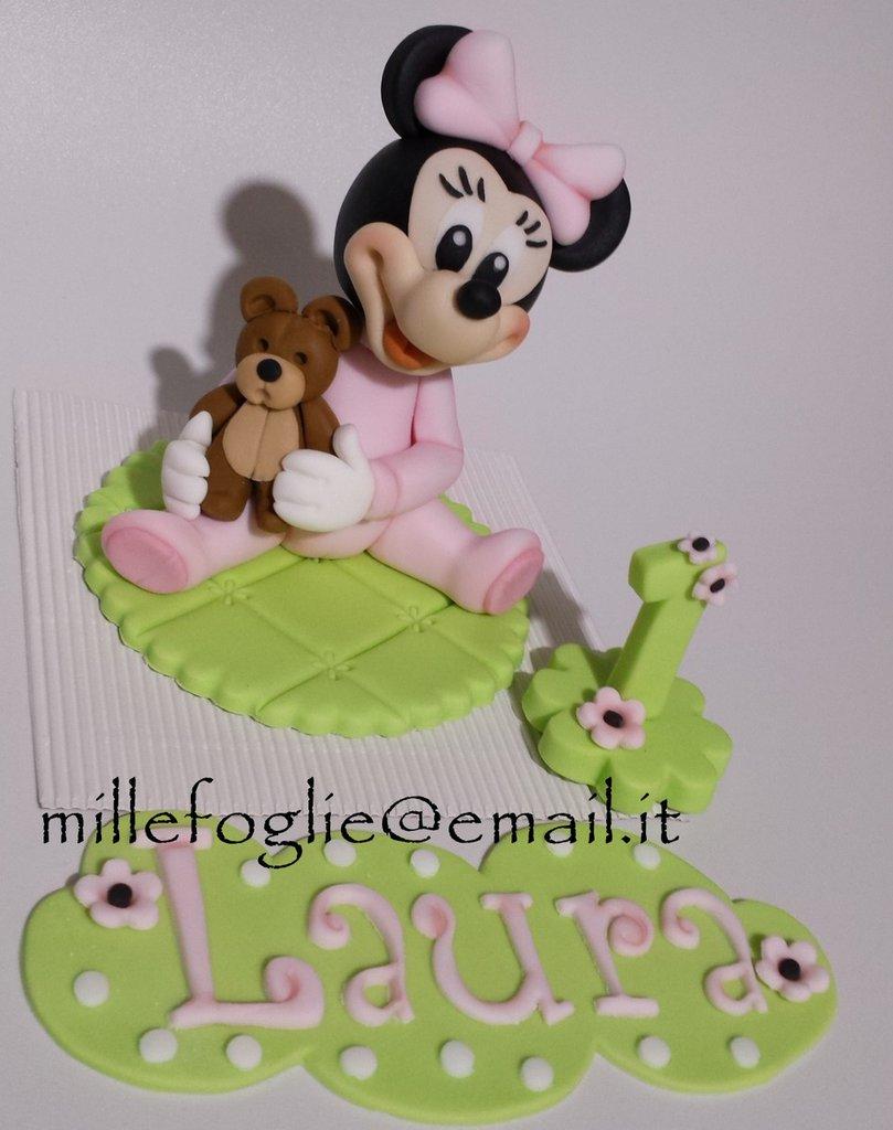 Decorazione torta baby Topolina in pasta di zucchero(ispirata a Minnie)