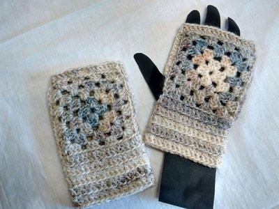 Guanti senza dita, scaldapolsi in lana