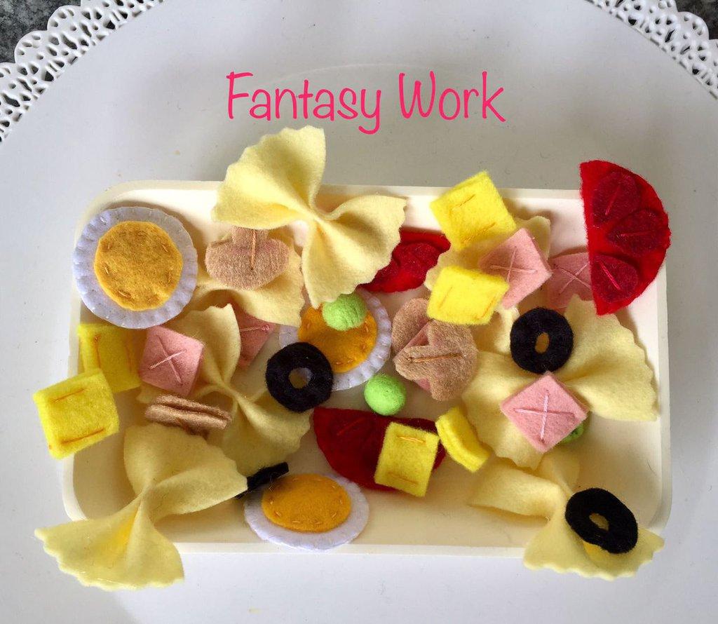 insalata di pasta fredda, gioco in feltro