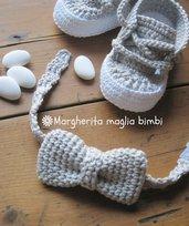 Farfallino - papillon grigio chiaro per bambino - fatto a mano all'uncinetto - Battesimo