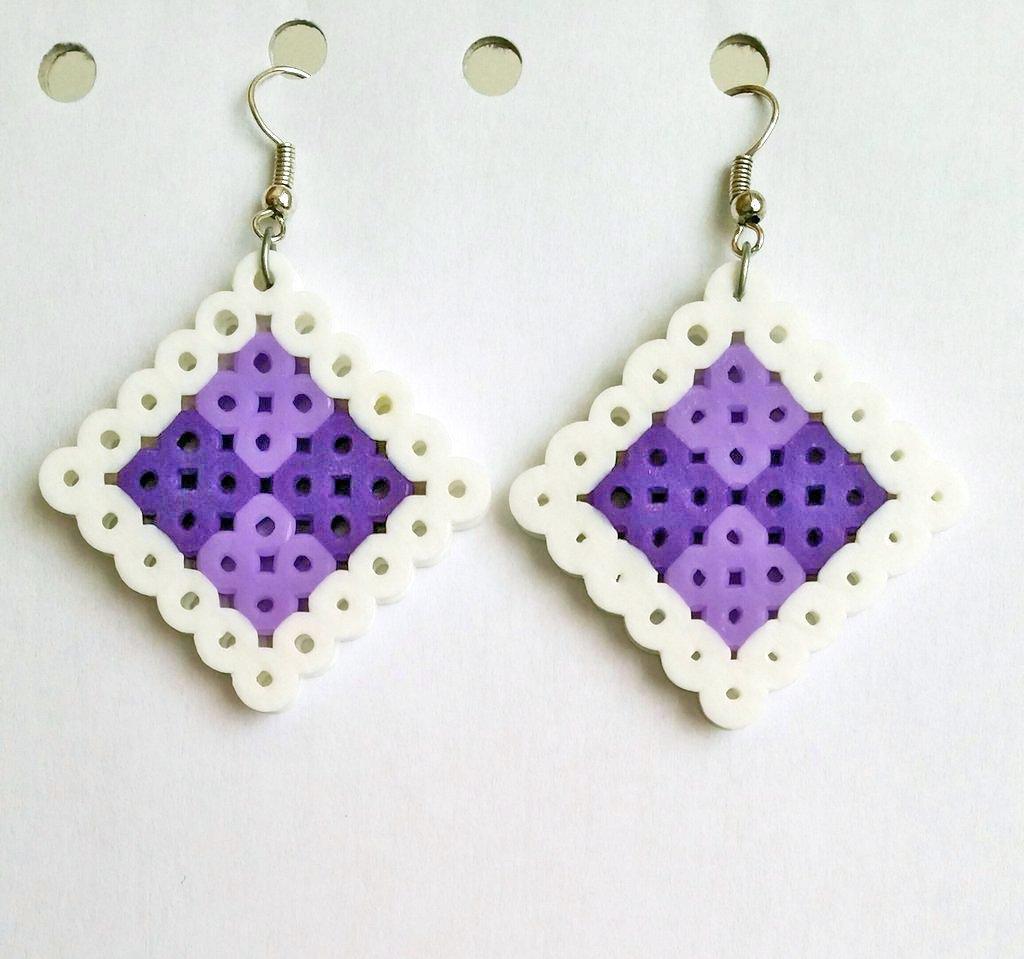Orecchini viola e lilla