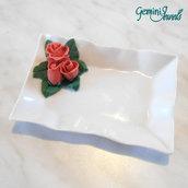 Bomboniera vassoietto porcellana bianca, decorato a mano