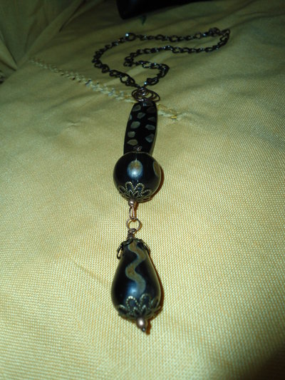 collana con catena nera
