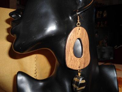 orecchini pendenti legno