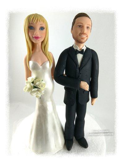 Cake topper personalizzato in porcellana per matrimoni