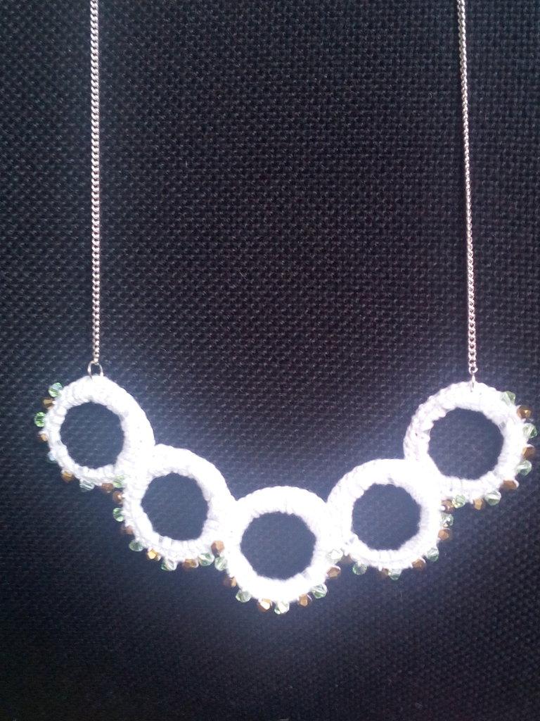collana con perline Swarovski