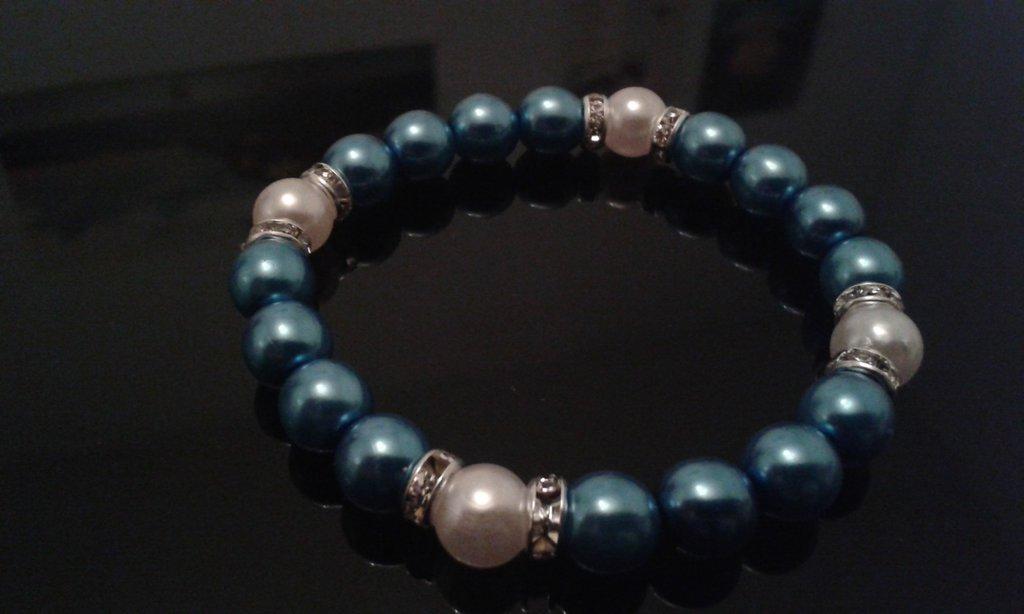 Bracciale elastico con perle