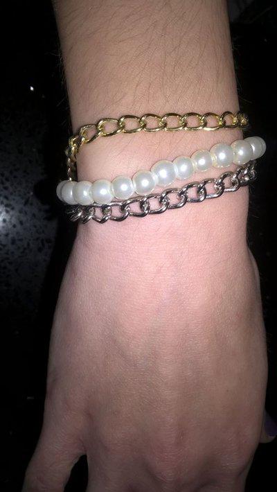 Bracciale con catenine e perle