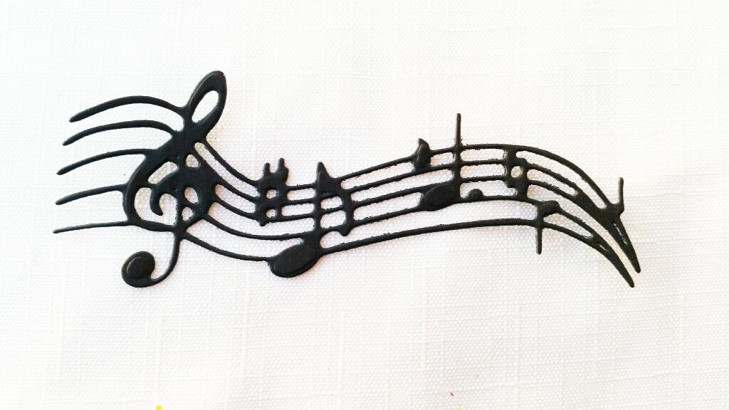 40 pentagramma con note musicali in cartoncino