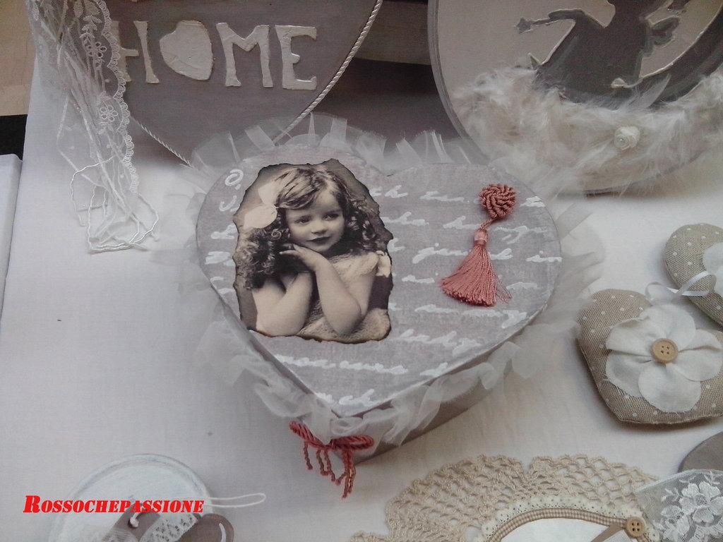 Scatola romantica da regalare per la casa e per te for Oggetti di design da regalare