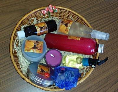 Cestino Handmade con dieci cosmetici naturali