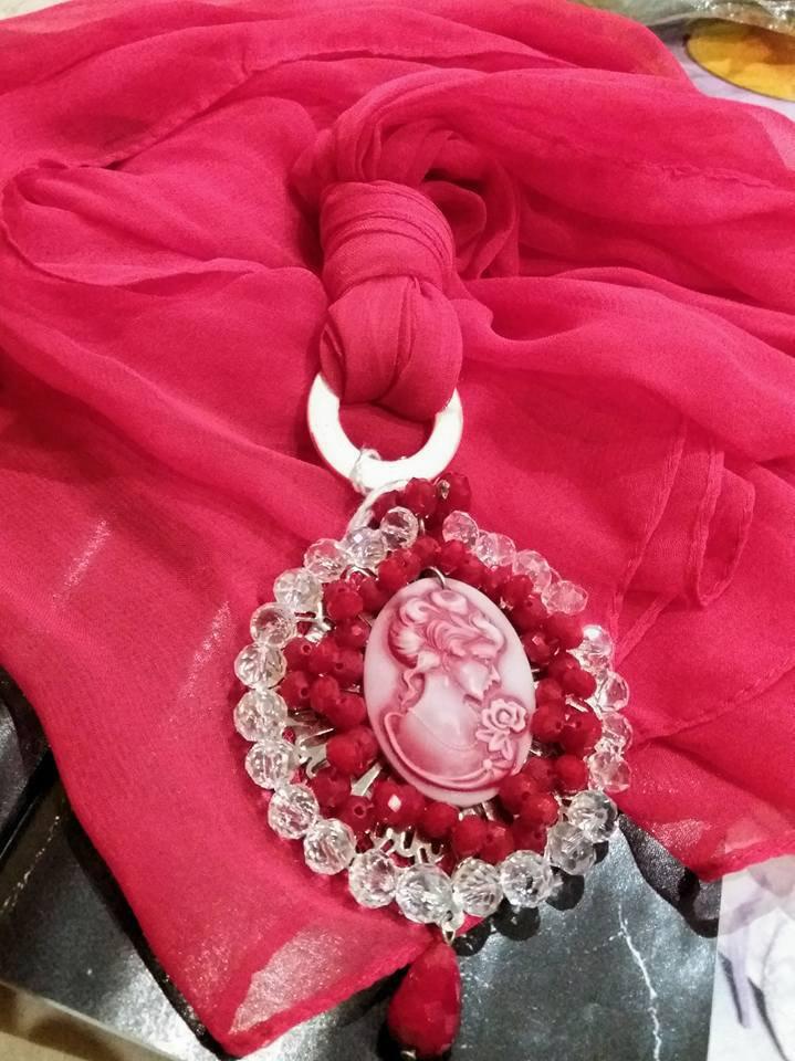 foulard rosso cammeo