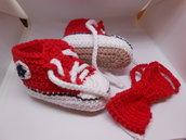 Set scarpine sportive + papillon da bambino in cotone rosso, idea regalo.