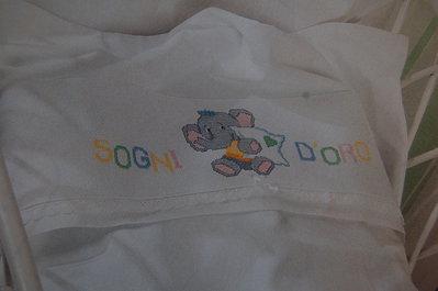 Set neonato lenzuolo per carrozzina o culla ricamato a mano