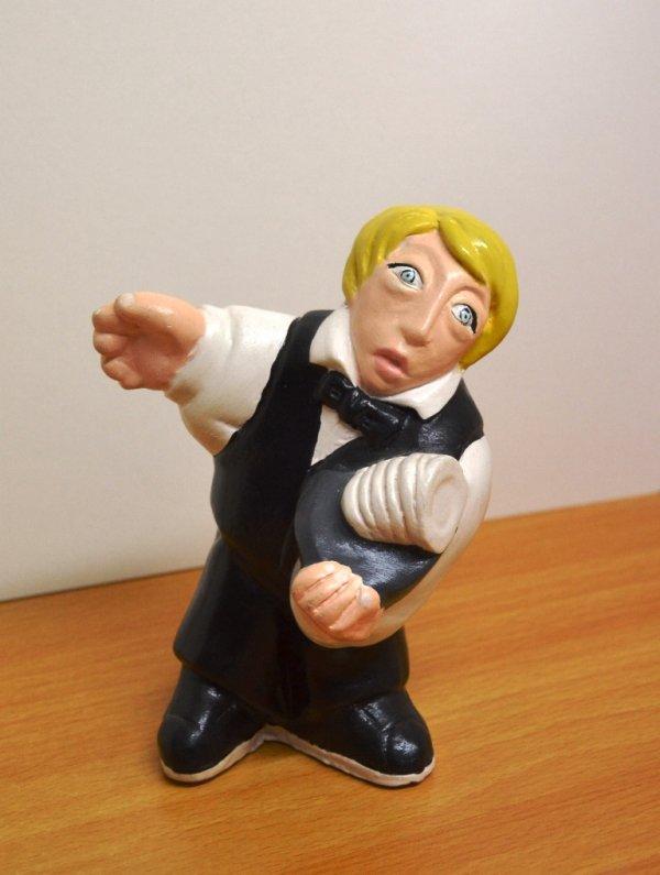 Statuina dei mestieri. Cameriere. Terracotta e acrilico. h. 15 ca. prodotto artigianale
