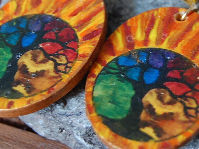 Orecchini linea Celtic Elf con albero della vita a 4 colori