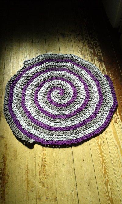 tappeto artigianale in fettuccia fatto a mano uncinetto