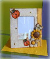 Cornici portafoto dipinte e ricoperte con carta decorativa e applicazione di fommy strass o altro