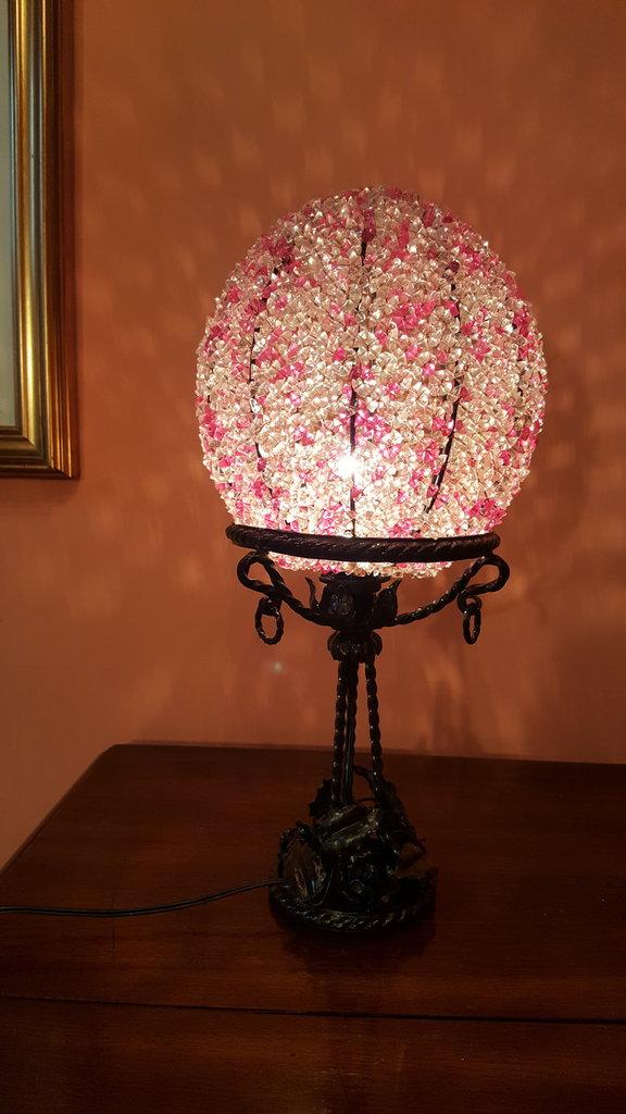 Lampada da tavolo fatta a mano