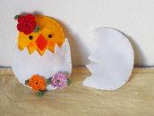 Decorazione di Pasqua.Bomboniera per bambini.Uovo in feltro con pulcino,fiori a crochet.Regalo di primavera