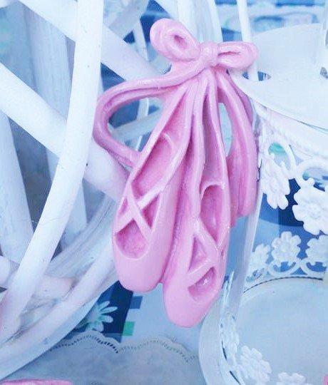 scarpette ballerina laccate in rosa lucido