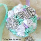 Bouquet gioiello rose di raso e spille di strass