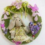 Ghirlanda con coniglietta, fiori e cuore