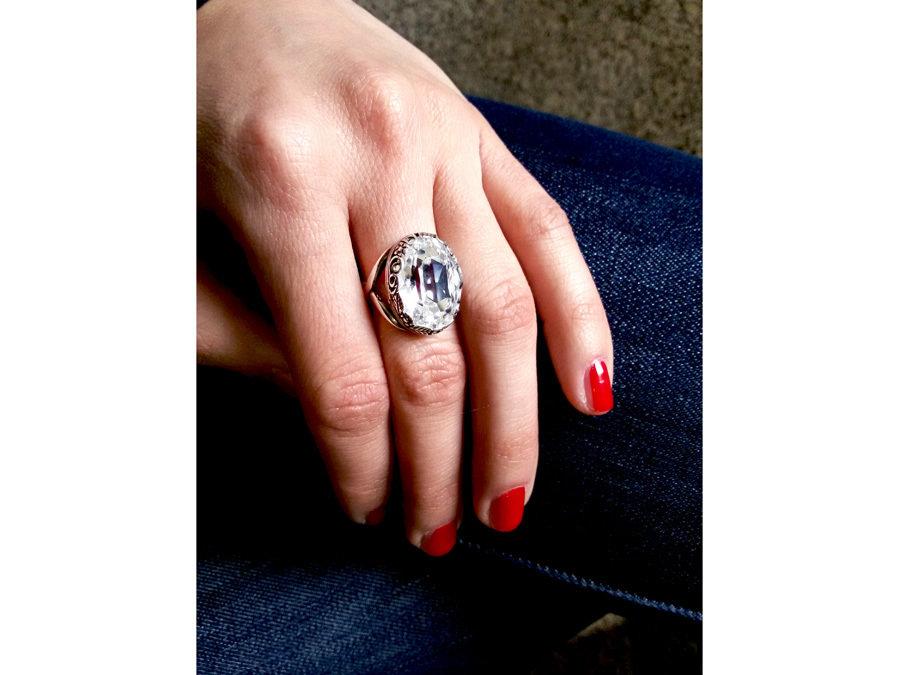 Anello regolabile con cristallo Swarovski, colore bianco e luminoso, anallergico