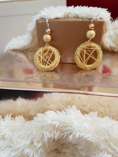 orecchini uncinetto gold