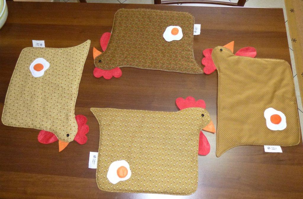 4 tovagliette americane a forma di gallina
