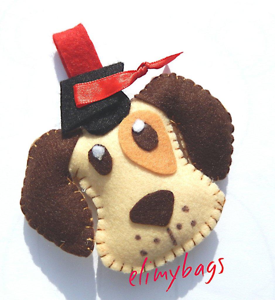 Portachiavi bomboniera laurea a forma di cagnolino