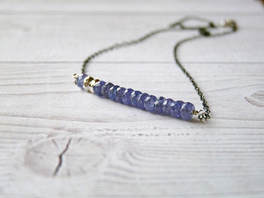 Collana a barra in pietra di Tanzanite e argento puro, realizzato a mano con materiali di qualità