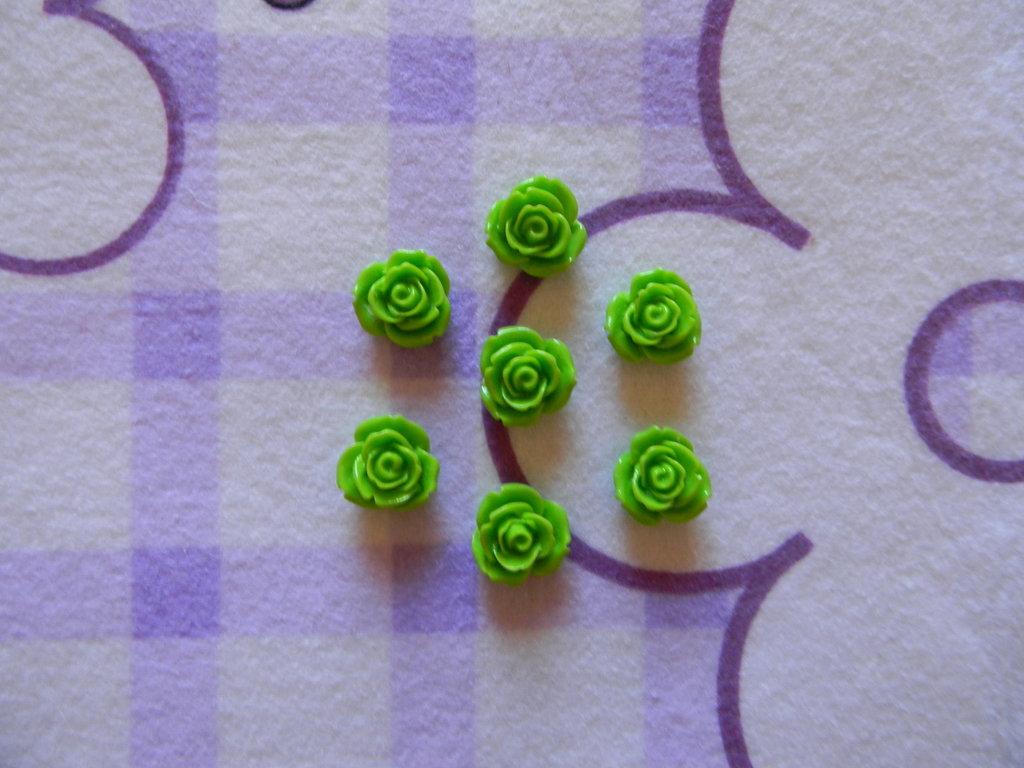 Perle a forma di Rosa verdi in lucite SIMIL CORALLO 5 pezzi 20mm circa